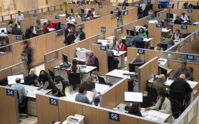 El Gobierno lanza una oferta de empleo de 20.000 plazas para 2017